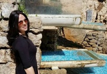 TOVAasks: Great Stories on the Streets of Jerusalem